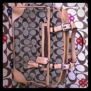 Brand new Coach handbag 👜 Never used!